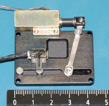 Внешний вид фотозатвора с оптическим окном 10×10 мм
